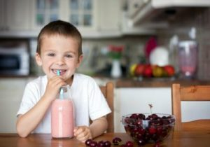 breakfast-smoothies-for-kids-400x280